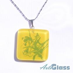Колие единично рисувано в жълто и зелено - 3 x 3 см
