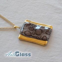 Колие кафяво правоъгълно 3 х 5 см декорирано със злато
