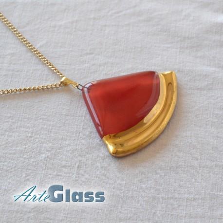 Колие червено 3 см сектор от кръг декорирано със злато