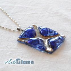 Колие синьо 3 см атипично декорирано със стара платина