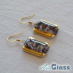Обеци кафяви, 1,5 см правоъгълни декорирано със злато