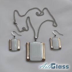 Комплект колие и обеци от бяло стъкло с мехурчета, правоъгълна форма.